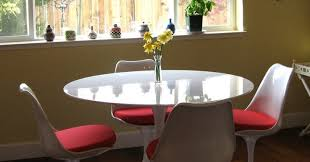 table eero saarinens tulip table and chairs beautiful saarinen