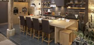 ilot cuisine bois massif armoires bois et pierres comptoir noir deco maison