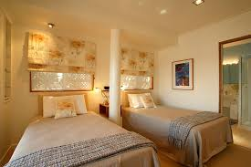 spare bedroom decorating ideas guest room decor ideas with spare bedroom decorating ideas small