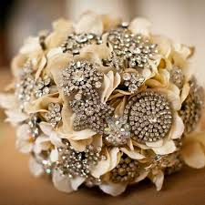 Diy Bridal Bouquet Diy Wedding Bouquet Brooch Bouquet Wedding Blog Girly Wedding