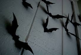 Bat Lights Halloween by 25 Spooky Etsy Halloween Decorations To Get In 2017
