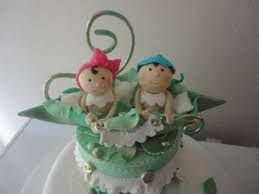 pea in a pod baby shower cakes perfect for hosting a twin or