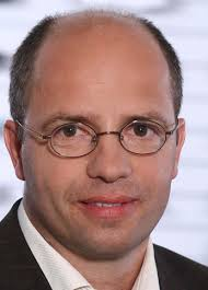 Hans-<b>Martin Reh</b> (49) hat im März 2012 diese Funktion übernommen und ist <b>...</b> - 6166