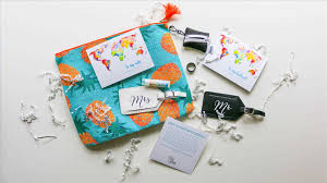 cards to buy for newlyweds gcg top and groom gifts for