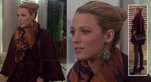 gossip girl earrings wornontv serena s burgundy cape coat and green earrings on gossip
