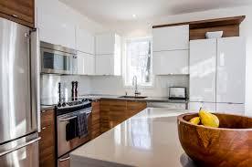 cuisine contemporaine cuisine contemporaine panneaux laqués et bois design interior