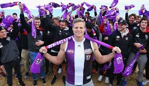 maddie s riewoldt readies himself for maddie s match 2 0 afl players