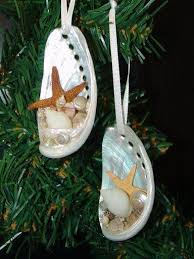 10 nautical ornaments for your tree pontoon deck