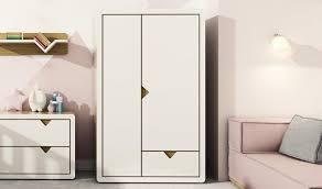 armoire design chambre armoire design pour chambre bébé et enfant avec penderie