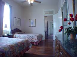 2 Bedroom Suite New Orleans French Quarter | french quarter townhouses and suites new orleans vacation rentals