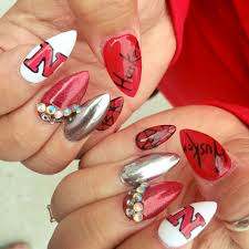 fueled by social media omaha area nail salons see surge in demand