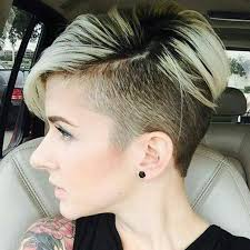 Flotte Kurzhaarfrisuren 2017 by Best 25 Undercut Frau Ideas On Undercut Pixie