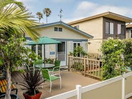 relaxing beach cottage w fenced in patio u0026 vrbo