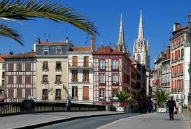 Bayonne Tourism Pays Basque Official Website Of Bayonne Tourist Bureau De Change Bayonne