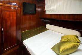 Bedroom With Tv Tv Image Gallery U2013 Luxury Yacht Browser By Charterworld