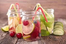 membuat infused water sendiri resep infused water untuk menurunkan berat badan dengan efektif