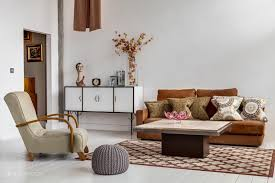 Living Room Decor With Brown Leather Sofa Room Decor Ideas For Homes With Personality