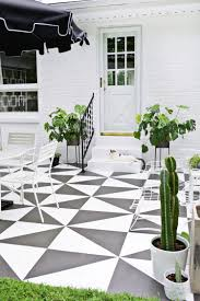 How To Paint Outdoor Concrete Patio 10 Beautiful Patios And Outdoor Spaces Patio Tiles Patios And