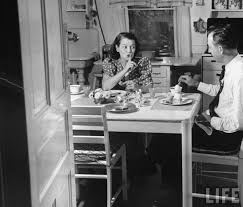 1940 u0027s fashion housewifes daily routine glamourdaze