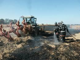 chambre agriculture mayenne agriculteur éleveur et sapeur pompier volontaire en mayenne