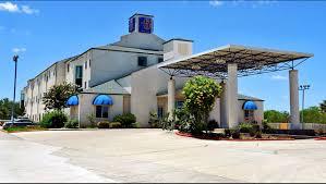 Hotels In San Antonio With Kitchen Motel 6 San Antonio Downtown Alamodome Hotel In San Antonio Tx