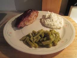 bbq country style ribs w mashed potatoes green beans and baked