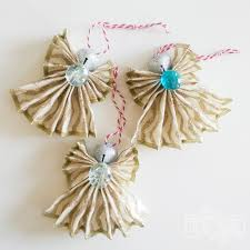 how to make a ornament out of wired ribbon a