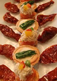 petit buffet cuisine ร ปภาพ การเฉล มฉลอง จาน ม ออาหาร ผล ต ผ ก อาหารเช า ร าน