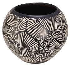vaisselle en terre cuite pot de jardin en terre cuite motifs noirs et blancs h 38cm bamako