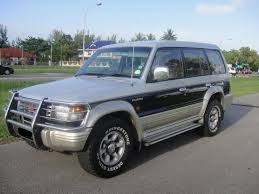 land rover pajero mitsubishi pajero 2 4 1998 technical specifications interior and