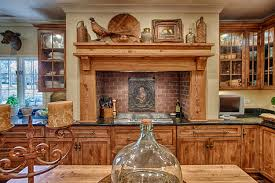 common characteristics and wood species used in kitchen cabinets