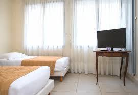 chambre handicap chambre pour personnes en situation de handicap picture of hotel