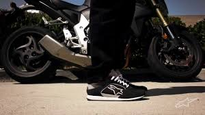 motorcycle shoes alpinestars classic motorcycle shoes at bikebandit com youtube