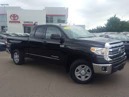 2016 toyota tundras certified pre owned 2016 toyota tundra dlx crew cab in