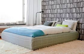 No Headboard Ideas by Some Easy Ideas To Design Your Bed Without Headboard Midcityeast