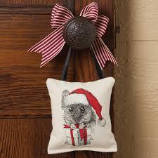 santa mouse holiday throw pillow for doorknob sturbridge yankee