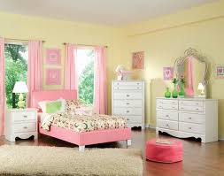 Bedroom Furniture Alexandria by Full Upholstered Youth Bed By Standard Furniture Wolf And