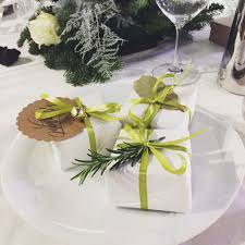Christmas Table Setting Ideas by 10 Super Stylish Decoration Ideas For Christmas Table Settings