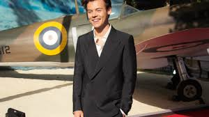 dunkirk bbc film harry styles interview with bbc radio 1 watch the heart monitor