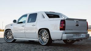 custom lf 713 on the chevrolet avalanche cars pinterest