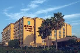 Comfort Inn Near Disneyland Embassy Stes Hotel Anaheim North Located Near Disneyland Pk