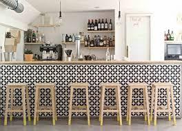 carrelage noir et blanc cuisine cuisine avec carrelage metro 5 carrelage damier noir et blanc