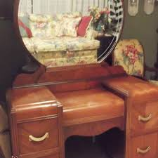 Vanity Dresser With Mirror Find More Antique Waterfall Vanity Dresser With Round Etched