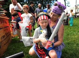 spirit halloween danbury ct 50 things to do this weekend in connecticut june 9 11