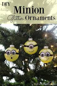 Funny Decorations For Christmas Tree by Best 25 Minion Ornaments Ideas On Pinterest Homemade Christmas