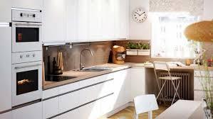 cuisine contemporaine ikea cuisine blanche et bois ikea cuisine en image
