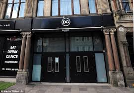 couple claim they were thrown out of cardiff club for kissing