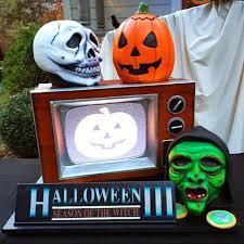 the horrors of halloween halloween iii silver shamrock masks yard