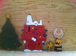 Christmas Outdoor Decorations Peanuts by 35 Best Christmas Snoopy U0026 Charlie Brown Images On Pinterest