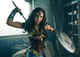 imágenes wonder woman wonder woman movie sequel release date cast spoilers everything we